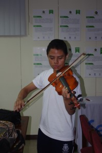 Eduardo Mayorga practicando con Jam-KDE